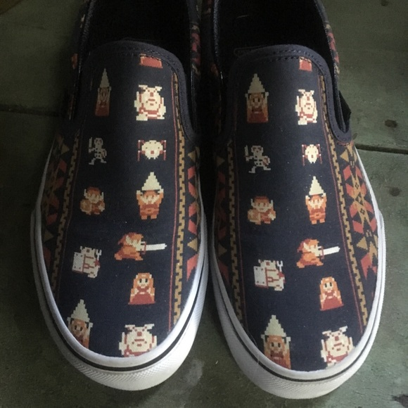 b8ce7636e1 Vans Shoes - Vans x Nintendo Legend of Zelda  Parisian  5 6.5